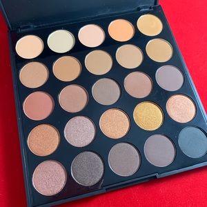 25A Copper Spice Eyeshadow Palette